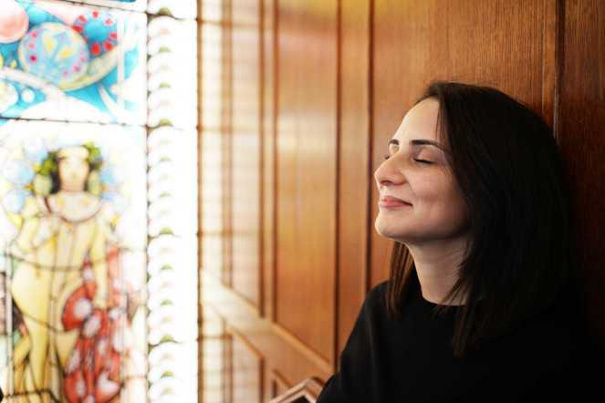 Salma Fantar, coordinatrice du Parcours de Soins des Patients Internationaux à l'Institut Marie Curie. À Paris le 30janvier 2018.